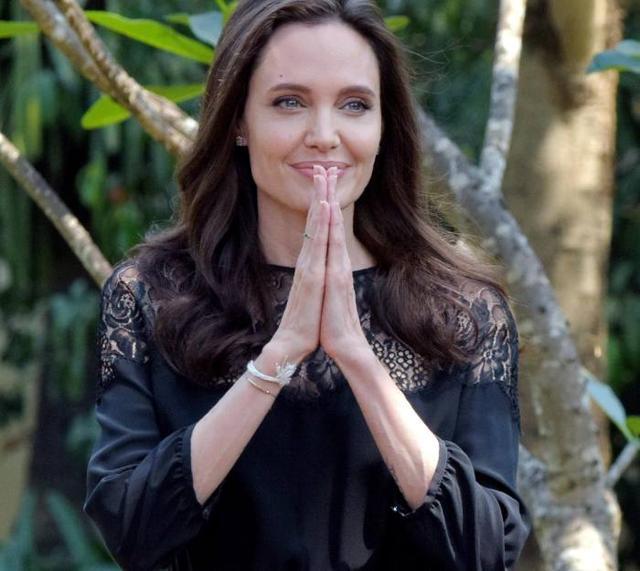 Angelina Jolie & Family au Cambodge !