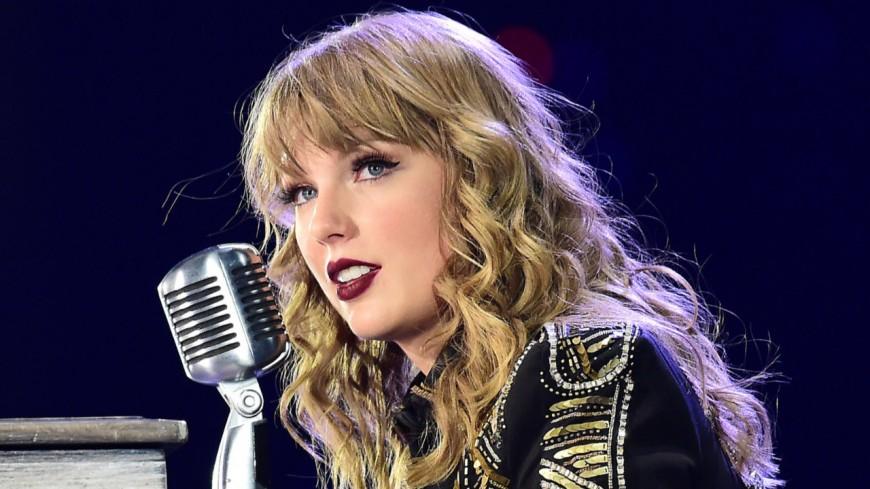 Taylor Swift signe un gros chéque pour une asso