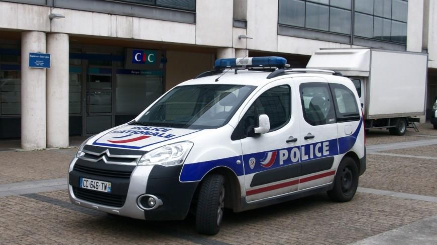 Un policier gravement blessé par un motard