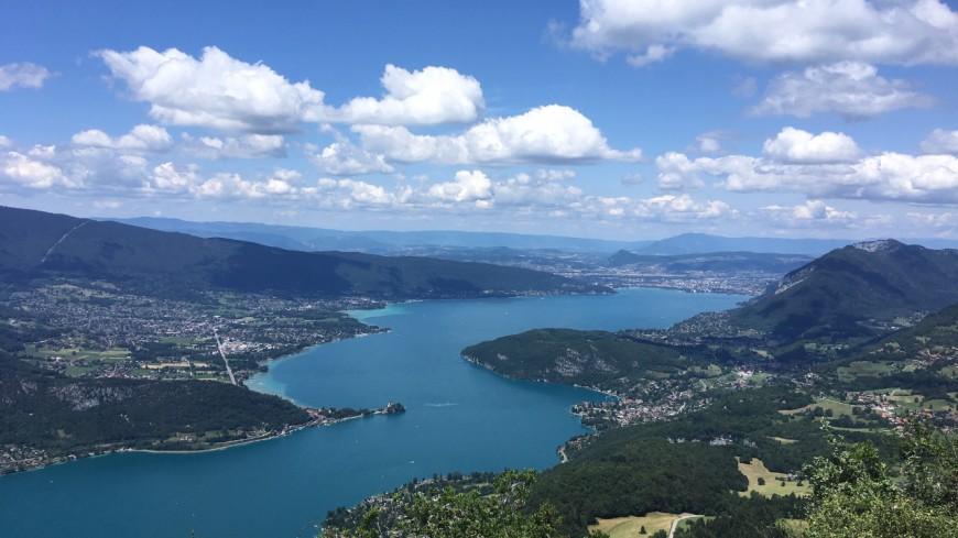 Recherches infructueuses dans le lac d'Annecy