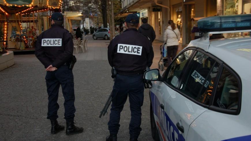 Quatre personnes arrêtées pour cambriolage