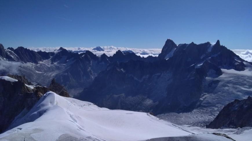 Mont-Blanc : un russe et son fils stoppés
