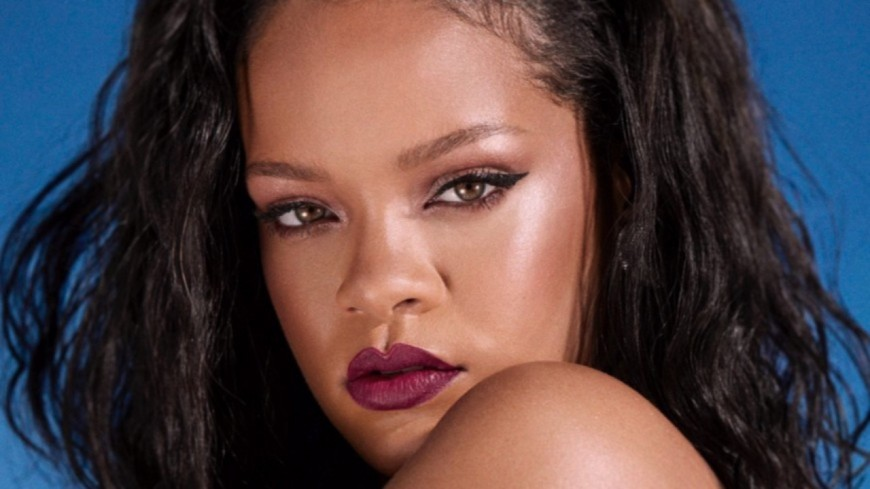 Rihanna sort un nouvel album !