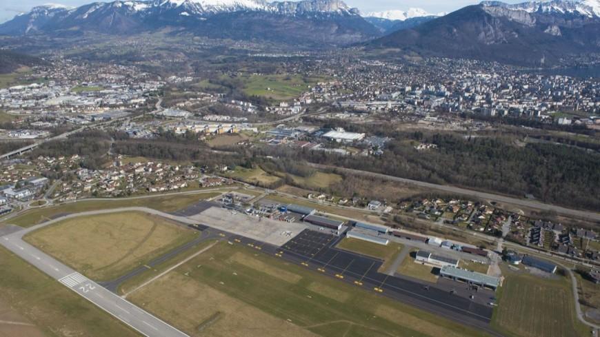 Les hangars de l'aérodrome de Sallanches sur la sellette