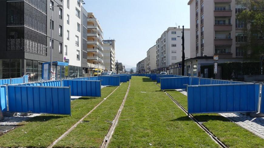 Gaillard : des dégradations sur les pelouses du tram