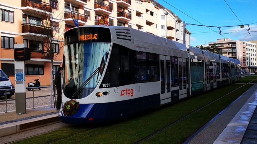 Le tram Annemasse Genève attire du monde