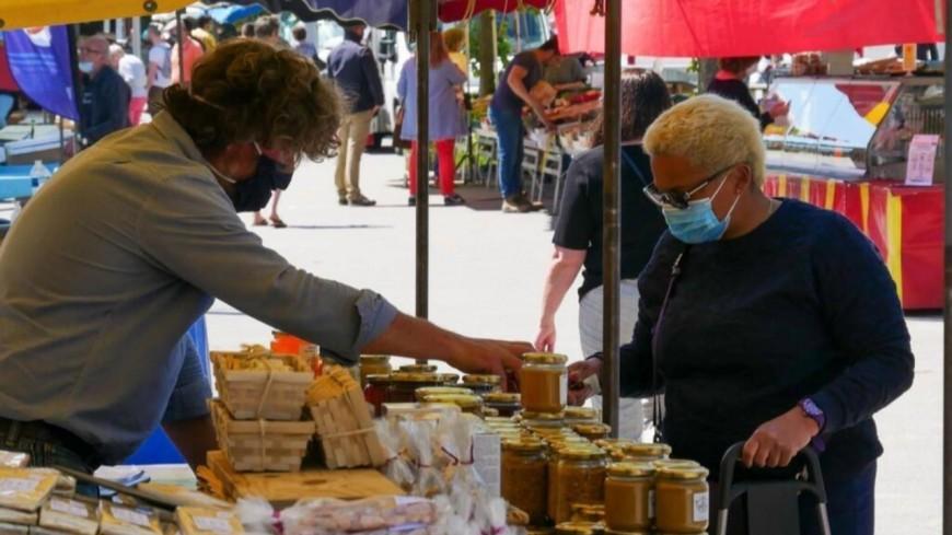 A Evian, le port du masque devient obligatoire sur les marchés, brocantes et braderies
