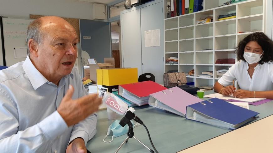Une rentrée presque normale dans les écoles primaires d'Annemasse (Interview de Christian Dupessey, Maire d'Annemasse)