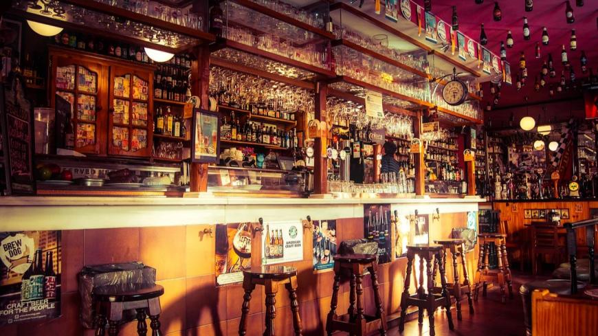 Les bars et les salles de sport fermés en Savoie