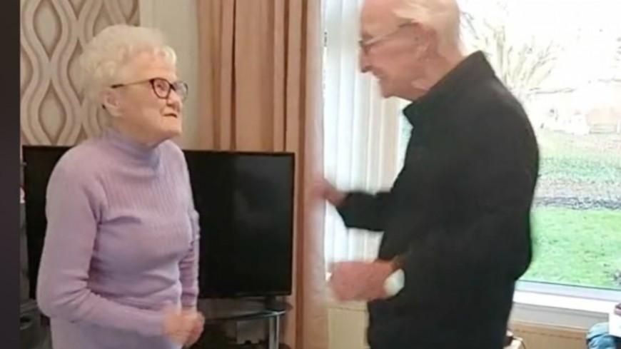 Un couple d'octogénaires attendrissant crée le buzz en dansant sur Tik Tok (vidéo)