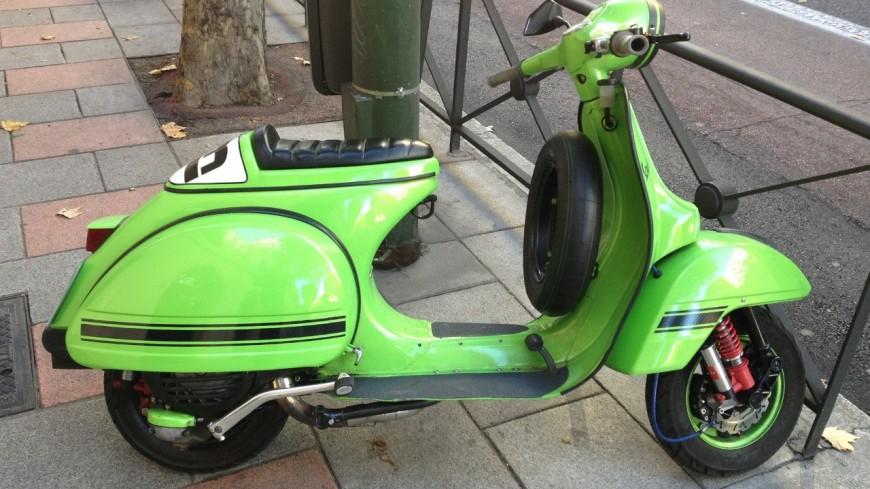 Genève : chasse aux scooters sur les trottoirs