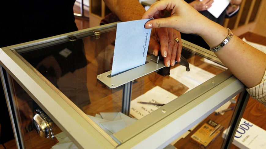 On vote ce dimanche en France avec 2 scrutins !