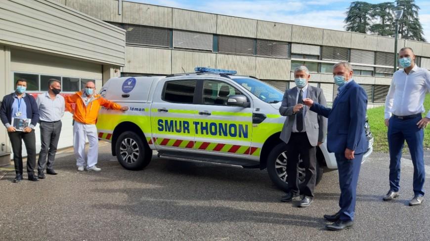 Un nouveau véhicule de SMUR à Thonon (interviews)