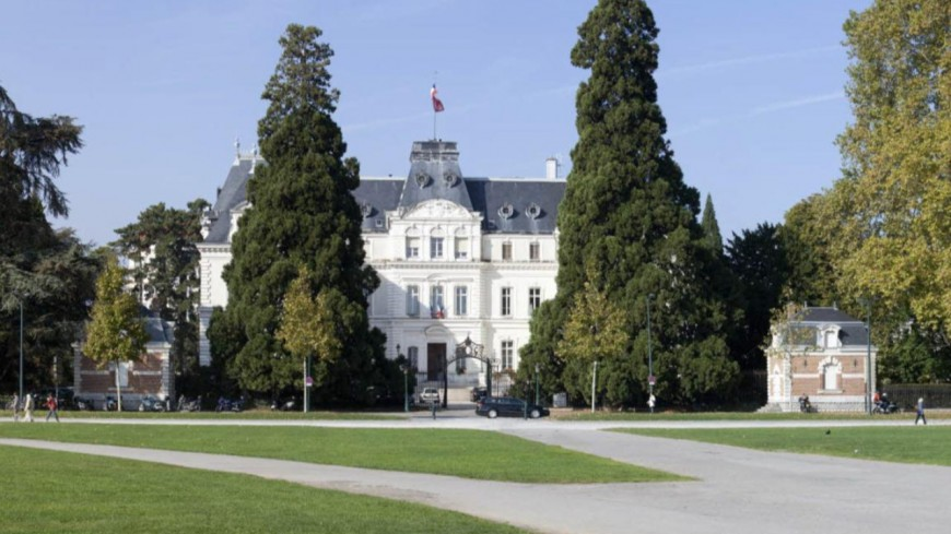 Intrusion à Annecy : Darmanin condamne