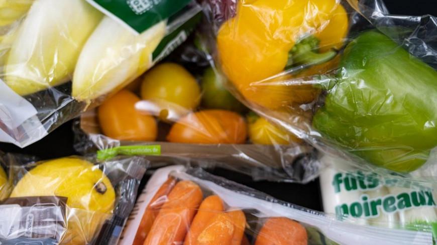 Les emballages en plastique interdits au rayon fruits & légumes !
