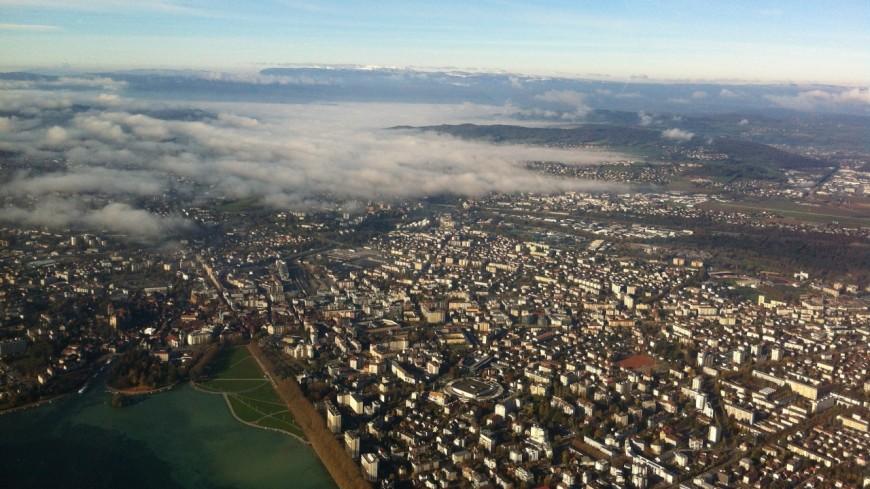 Annecy : la place des Romains devient payante