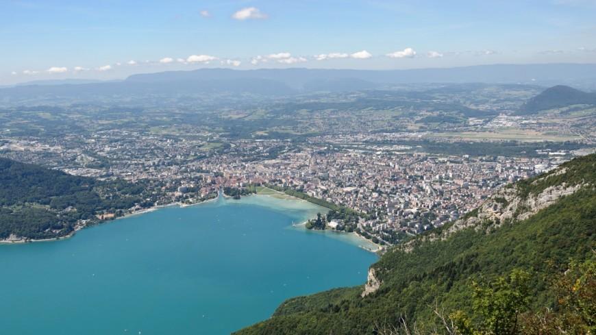 Lac d'Annecy : ca baisse encore !