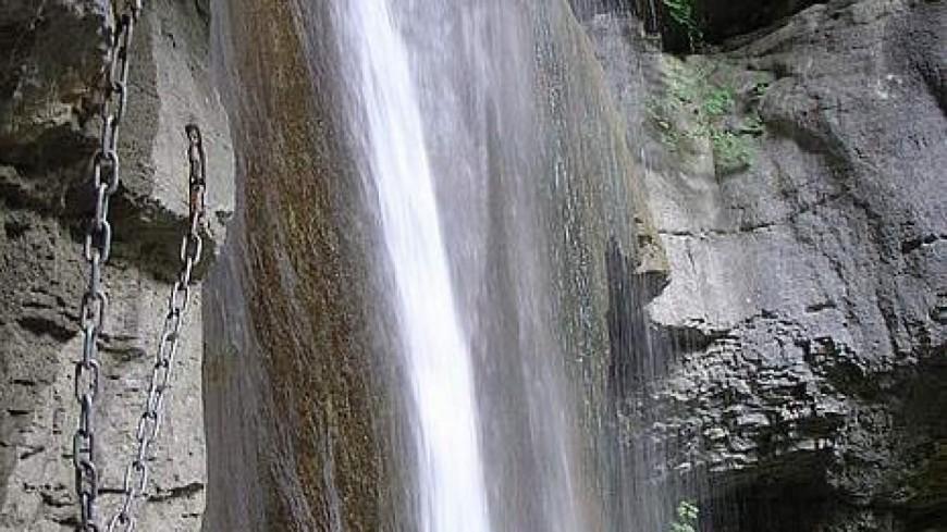 La cascade d'Angon fermée à Talloires