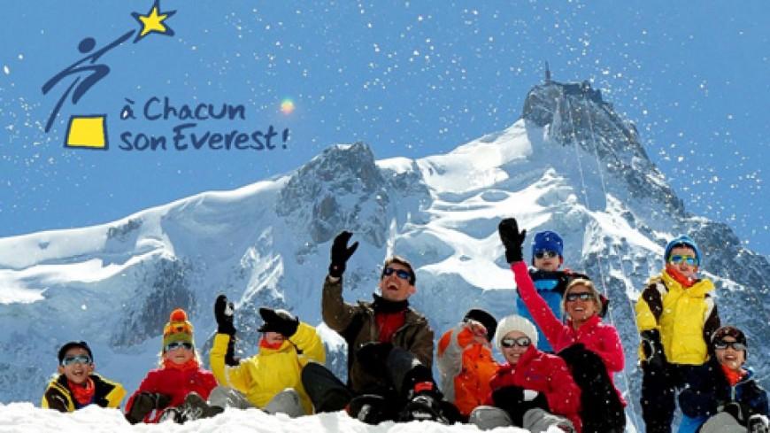Le Préfet visite « A chacun son Everest »