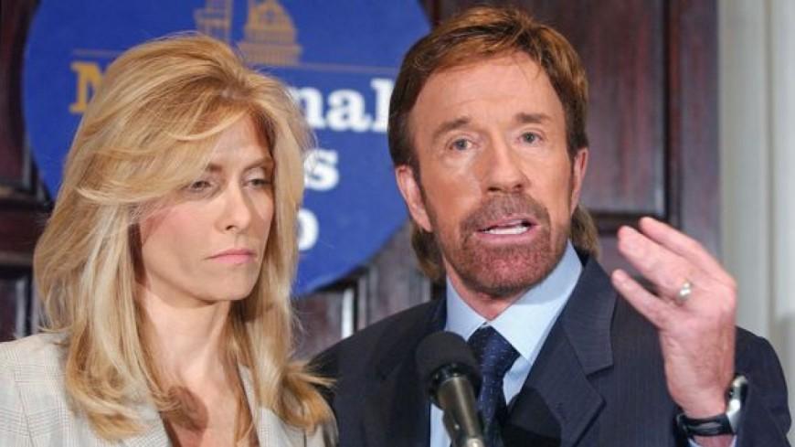 Chuck Norris met fin à sa carrière pour s'occuper de sa femme