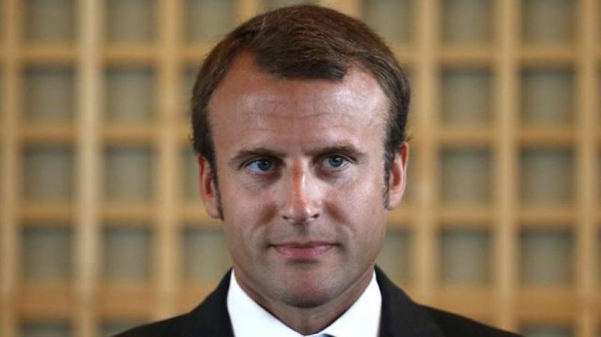 Macron poursuit sa visite à Lausanne