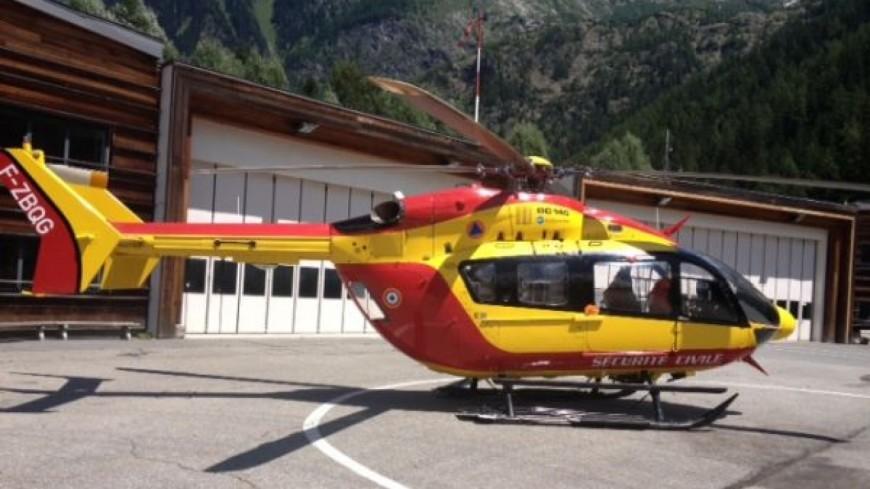 Un hélicoptère de la sécurité civile en Savoie