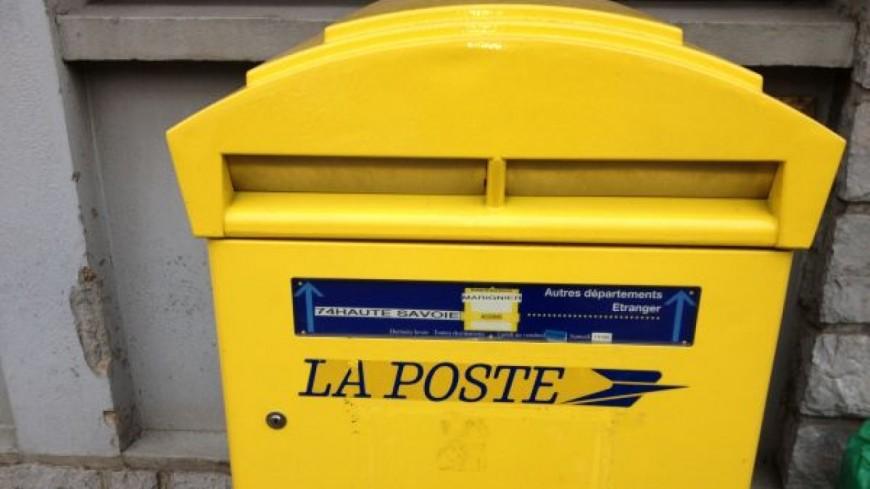 Une manif pour la Poste de Poisy