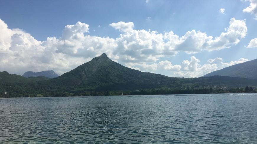 Le lac d'Annecy ne cesse de baisser