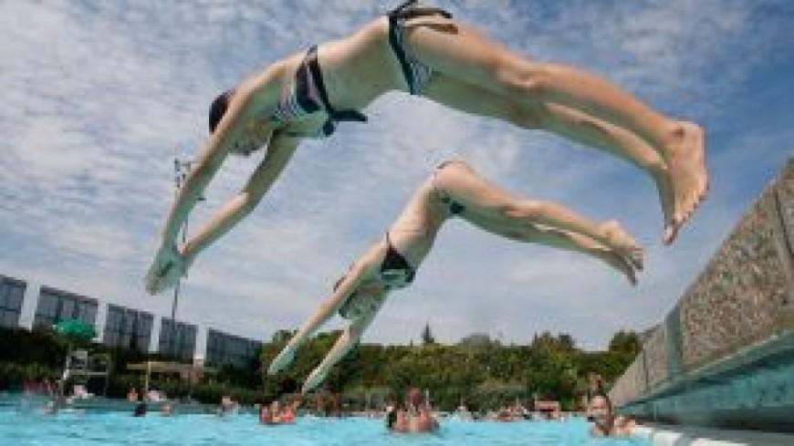 Blessé après un saut dans une piscine à Genève