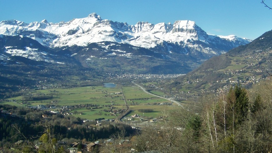 Législatives : un débat dans le Mont-Blanc