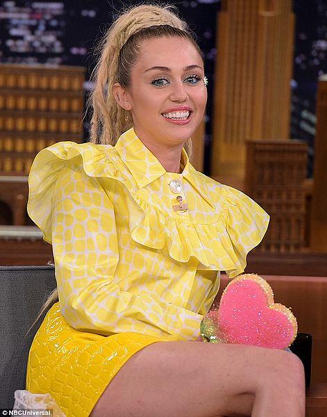 Miley Cyrus chante pour Manchester