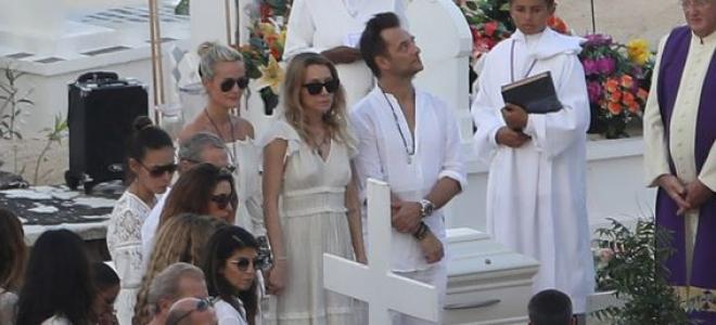 Obsèques de Johnny : ses proches plus unis que jamais